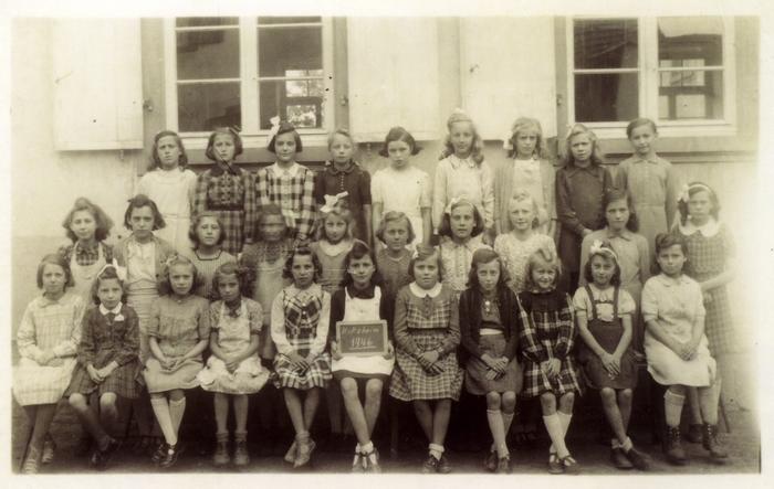 Ecole_1946_II