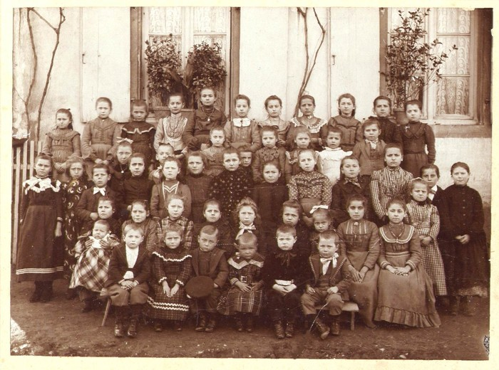 Ecole_Enfants_n__s_1892-1900_en...