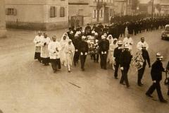 Procession_en_1939