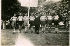 1933_Vog__sia_basket