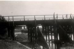 Pont_provisoire_en...